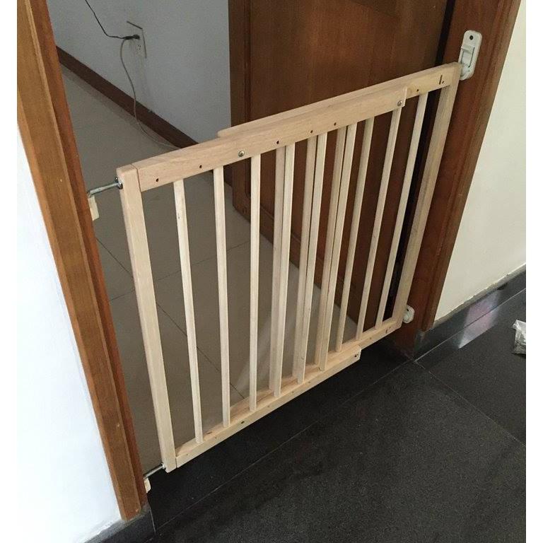 Chắn cửa, cầu thang Le Lumber