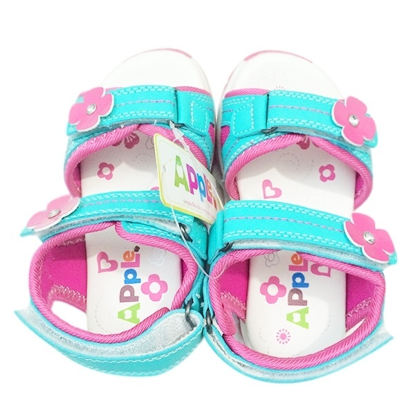 Giày sandal cho bé gái