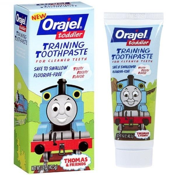 Kem đánh răng Orajel nuốt được