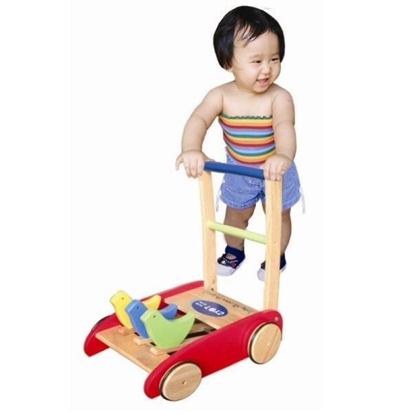 Nên mua xe tập đi cho bé dạng tròn hay dạng đẩy?