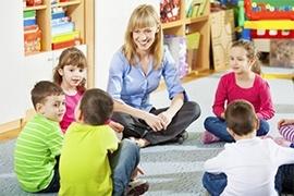Giúp trẻ tự tin kết bạn mới